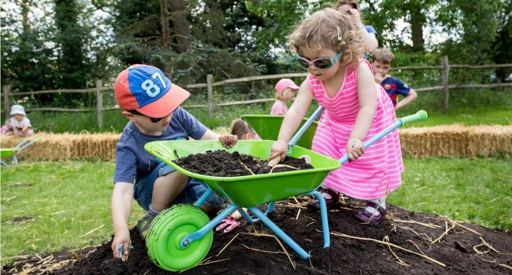 Entretener a los más pequeños con actividades de jardinerías